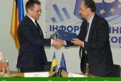 Підписання-угоди-з-Послом-Європейського-Союзу-в-Україні-Хюґом-Мінґареллі